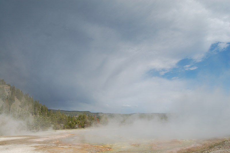 geyser-in-yellowstone-tour-1388-from-los-angeles