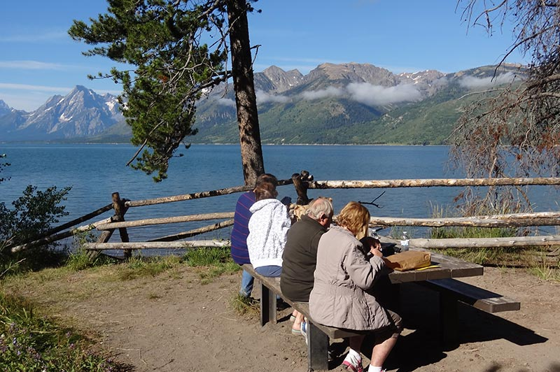 lunch-1-in-yellowstone-tour-1386