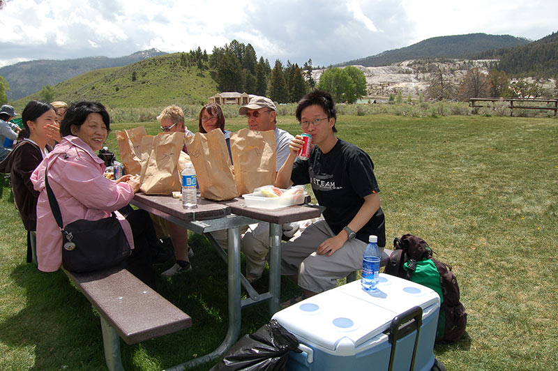 yellowstone-tour-from-slc-1193-lunch-time