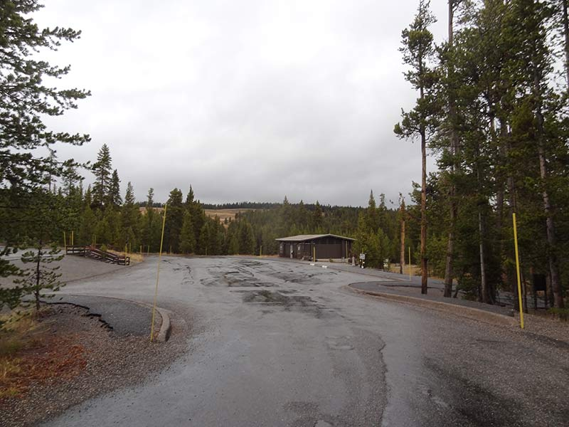 yellowstone-rainy-wheater-view-1404